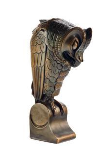 Bronzen uil van Joseph Mendes da Costa, collectie Joods Historisch Museum foto Erik & Petra Hesmerg Kunstconsult