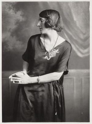 portretfoto danseres Gertrud Leistikow