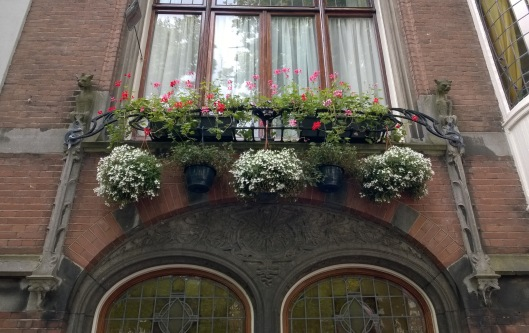 Neogotische_gevel_Lorrie_Huis_Smidswater_26_Den_Haag
