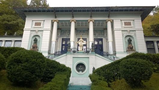 Otto_Wagner_villa_Ernst_Fuchs_Museum_Wenen_Vienna